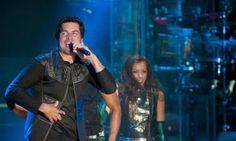 * Radio Online las 24 Horas * : Chayanne - Humanos a Marte (Premios Billboard 2014...