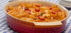 Vegetarischer Nudelauflauf: kombiniert mit leckerem Gemüse, sahniger Tomatensoße und köstlichem Mozarellakäse braucht auch kein Mensch mehr eine Fleischeinlage