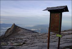 Ascent to the summit Low's Peak is marked with signposts and at the point, the view of the Crocker Range is already breathtaking! Mount Kinabalu, Sea Level, Borneo, Natural World, Tropical, Range, Places, Cookers, Lugares
