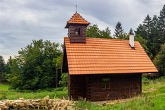Poustevna Jana Křtitele: Valašské Klobucko Cabin, House Styles, Home Decor, Decoration Home, Room Decor, Cabins, Cottage, Home Interior Design, Wooden Houses