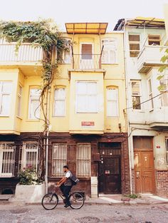 Traditionally Jewish, Balat, on the Golden Horn, is one of Istanbul's hundreds of old neighborhoods that are wonderful to wander.