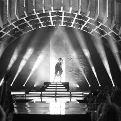 Ariana Grande (@ArianaGrande)   Twitter