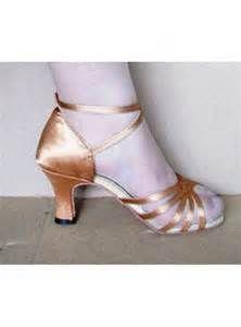 Dancing Shoes|Dancing Shoes for women Kitten Heels, Dance Shoes, Dancing, Women, Fashion, Dancing Shoes, Moda, Dance, Fashion Styles