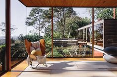 The Brake House is Ron Sang's 1976 masterpiece in the Titirangi bush, designed for internationally recognised New Zealand photographer Brian Brake.