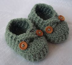 Crochet baby shoes for 3 to 6 months, | http://shoesgallerryimages.13faqs.com