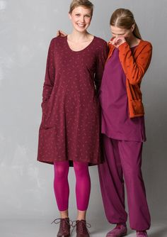 """Solid-colored and print """"Gunnel"""" dress in eco-cotton/spandex – Eco-cotton – GUDRUN SJÖDÉN – Webshop, mail order and boutiques   Colorful clothes and home textiles in natural materials."""