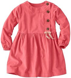 The dress code is comfy in this cuddle-worthy cotton pincord dress with a simple Scandinavian vibe. Just add capris or tights and she's out the door. Girls Frock Design, Kids Frocks Design, Baby Frocks Designs, Baby Dress Design, Sewing Dress, Girls Dresses Sewing, Little Girl Dresses, Cotton Frocks For Kids, Frocks For Girls