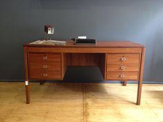 DECADA Muebles Vintage Escritorio de madera, Desk , Vintage www.decada.com.mx