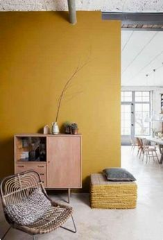 Whether you live in a large or a small space, colors are ideal for lighting up a room. It is precisely these that punctuate your decoration and your interior. To stylize a room, you opt for one or more colored walls. Living Room Colors, Home Living Room, Yellow Walls Living Room, Mustard Yellow Walls, Yellow Sofa, Sweet Home, Yellow Interior, House Colors, Interior Inspiration