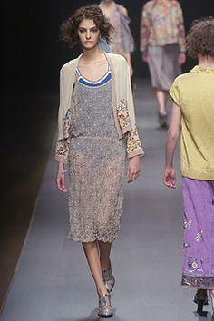 Dries Van Noten Fall 2004 Ready-to-Wear - Collection - Gallery - Style.com