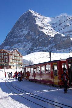 View of #Eiger from #Kleine_Scheidegg, #Switzerland http://en.directrooms.com/hotels/country/2-6/