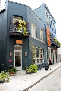 The Catahoula Hotel is a 35-room boutique hotel in downtown New Orleans, located near the French Quarter and the Superdome. Originally built in 1845, the hotel resides in a restored creole townhouse nestled on a quiet side street in the Central Business District.
