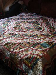 Snake River Log Cabin by Teresa...Quilted by Charisma  I am going to make this quilt....