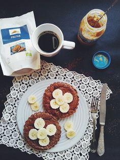 """Io Healthy Kitchen: """"Tarte"""" de aveia, banana e cacau cru em pó"""