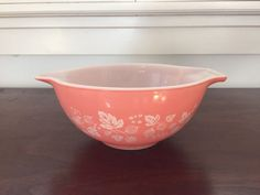 Pyrex Vintage Pink Gooseberry Small Mixing by BetsyEtsyVintage