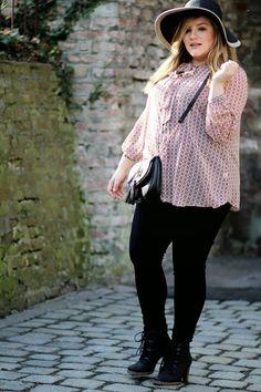4bd22c39d9a 41 Best YC | BLOGGER BABES images | Uk size 16, Plus size clothing ...
