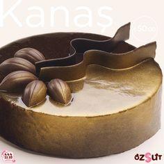 Çikolata tutkunlarının favorisi! Bu ayın güzeli Kanaş'a daha yakından bakalım... Kakaolu kek katları arasında bitter çikolatalı özel krema ve çikolata parçacıkları... Events, Happenings