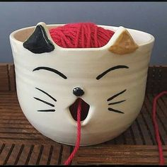 Knitting kitty bowl