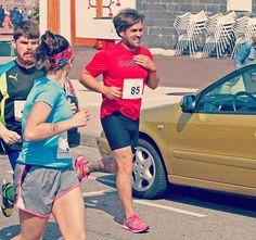 Por una buena causa! Investigación de artritis en niños!  Carrera rapida #moving4 #puravida #porunabuenacausa #carrera #domingo #salinas #vieyu #pordebajode5 #buenamañama #trotadina #ayudandoaniños #unplacer #correrconamigos 📷@sidrisima #montereylocals #salinaslocals- posted by VITY  Victor Gonzalez https://www.instagram.com/vitilupo - See more of Salinas, CA at http://salinaslocals.com