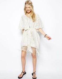 ASOS - Kimonokleid aus Spitze #kimonodress #women #covetme #asos