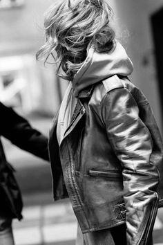 Leather Jacket, Street Style, Artist, Jackets, Fashion, Studded Leather Jacket, Down Jackets, Moda, Urban Taste