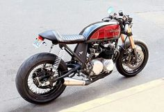 A picture-perfect modern-retro cafe racer? This timeless build by Devin from Cognito Moto ticks every single box, and then some. Cafe Racer Honda, Cafe Bike, Cafe Racer Bikes, Cafe Racer Motorcycle, Motorcycle Pants, Motorcycle Camping, Camping Gear, Cafe Racer Style, Custom Cafe Racer