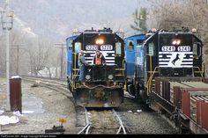 NS Norfolk Southern NS Remote Control at Enola, Pennsylvania by Butch Brown. Two remote control crews passing one another in Enola Yard. Norfolk Southern, Train Pictures, Locomotive, Pennsylvania, Trains, Remote, Yard, Brown, Photos