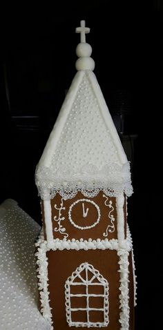 Gingerbread Chapel Building Cake, Vanilla Biscuits, Confectionery, Celebration Cakes, Gifts For Kids, Christmas Stockings, Gingerbread, Wedding Cakes, Delicate