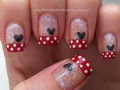 Mickey Nail Art idea