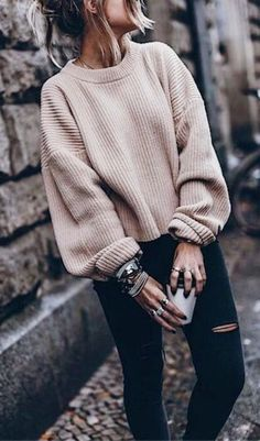 Oversized sweaters for the Winter #teenfashionoutfits #schooloutfits