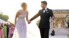 The Story Behind Priyanka Chopra's Christian Wedding Gown Hindu Wedding Ceremony, Wedding Veil, Nick Jonas, Planners, Christian Wedding Gowns, Priyanka Chopra Wedding, Bollywood Wedding, Wedding Dresses Photos, Brides