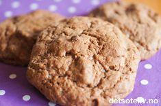 Kakene lages i en fei! Brownie Cookies, Christmas And New Year, Biscuits, Brownies, Ice Cream, Desserts, Food, Recipe, Drinks