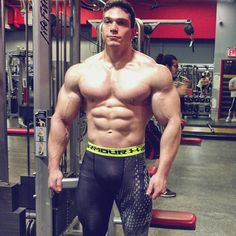 Big chests, handsome men, and the occasional butt. Huge Biceps, Baby Chihuahua, Big Muscles, Muscular Men, Tights Outfit, Gym Training, Male Physique, Train Hard, Mens Fitness