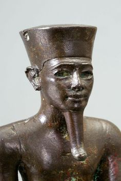 Bronze statuette of a young man. Detail. 18th dynasty, c. 1334-1325 B.C. | Phoenix Ancient Art Gallery