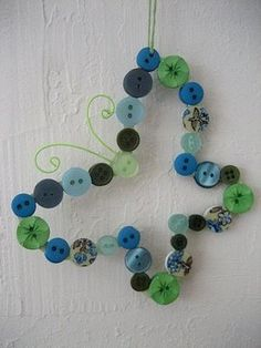 Button Butterfly ~ adorable spring craft!
