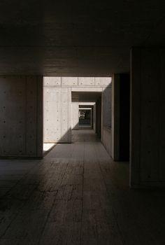 onsomething:    onsomething    Louis Kahn   Salk Institute for biological studies, 1965 La Jolla