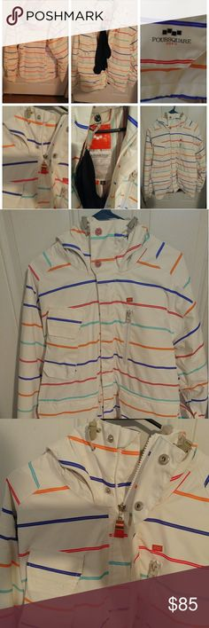 MEN'S FOURSQUARE SNOWBOARD OUTERWEAR 10K NSEW MEN'S FOURSQUARE SNOWBOARD OUTERWEAR 10K NSEW Size S   IN GREAT CONDITION!!!... ***See the pictures for more details**** Jackets & Coats Ski & Snowboard
