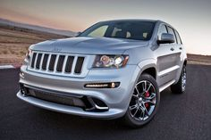 These 7 monsters have the biggest engines in SA's new car market - Jeep Grand Cherokee