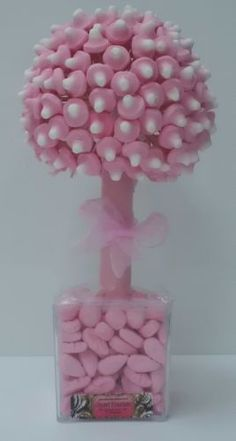 This is a gorgeous sweet mushroom tree with shrimps in the base. Love it!
