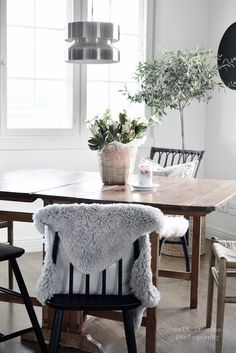 Dining Table, Lifestyle, Kitchen, Furniture, Home Decor, Cooking, Decoration Home, Room Decor, Dinner Table