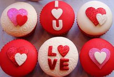 3 nice red white and pink color valentine's day cupcakes 2014