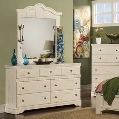 Sandberg Furniture Jardin 7 drawer dresser $334