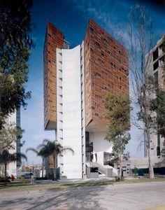 Imagini pentru carme pinos tower