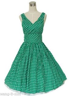 think i was born in the wrong year! 50s Dresses, Cotton Dresses, Vintage Dresses, Vintage Outfits, Vintage Fashion, Summer Dresses, Vintage Clothing, Ball Gowns Prom, Playing Dress Up