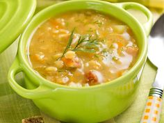 Did you know Silk® has a ton of recipes, like this Autumn Vegetable Soup with Tapioca? Soup Recipes, Healthy Recipes, Free Recipes, Allergies Alimentaires, Fall Vegetables, Veggie Soup, Crock Pot Soup, Vegan Soups, Fitness Nutrition