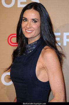 AFTER A TRYING TIME OSTDIVORCE, DEMI MOORE HAS REMADE HER LOOKS -AND HER LIFE TRAGEDY AT HOME In July 2015, a man was found dead in her pool in L.A. while she was in NYC. END OF AN ERA She split from Ashton Kutcher in November 2011 and went into a tailspin. ANOTHER SPLIT Demi and her younger boyfriend Sean Friday broke up in January 2015. Demi Moore wore a vintage Zac Posen gown from her own closet to the Screen Actors Guild awards on Jan. 30, but everything else about her from her youthful…