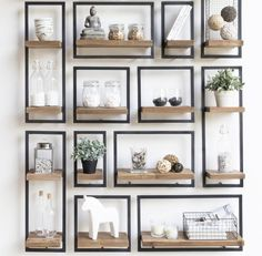 16 Impressive Wall Decorating Ideas For Living Room Home Living Room, Living Room Decor, Living Spaces, Interior Styling, Interior Decorating, Interior Design, Decorating Ideas, Decor Ideas, Interior Inspiration
