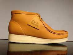 Clarks Mens Wallabee 35426 Mustard US Mens 7 5 | eBay