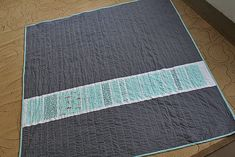 Freshly Pieced Modern Quilts: 100 Quilts for Kids