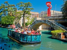 Things to Do in San Antonio 2018 - Cheese Traveller  ||  Things to do in San Antonio for its 300th anniversary include art exhibitions, culinary events, and festivals to family fun at theme parks and new openings. https://www.cheesetraveller.com/things-to-do-san-antonio-2018/?utm_campaign=crowdfire&utm_content=crowdfire&utm_medium=social&utm_source=pinterest